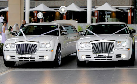 Chrysler 300c Limo & Sedan for Hire